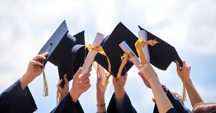 Proficient Year – A Career Kick starter For Graduates